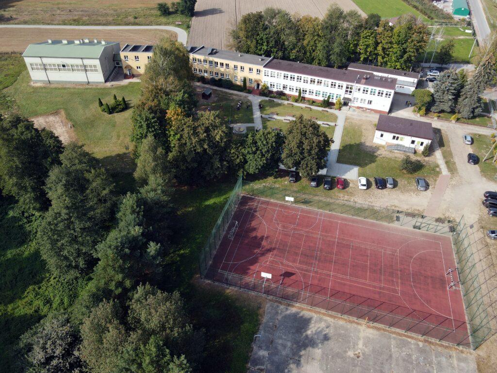 szkola w Rogolinie